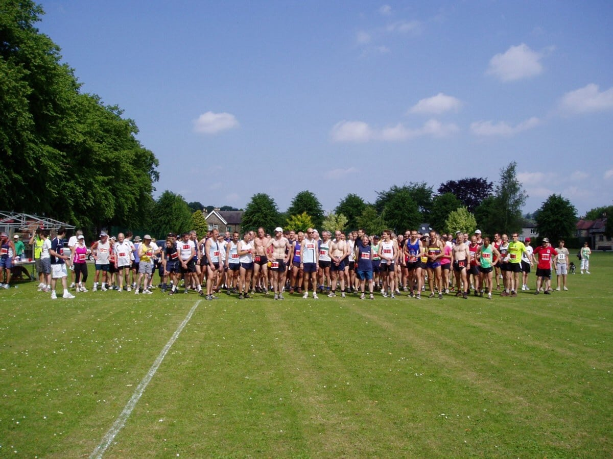 Bakewell pudding race 28 June 2015